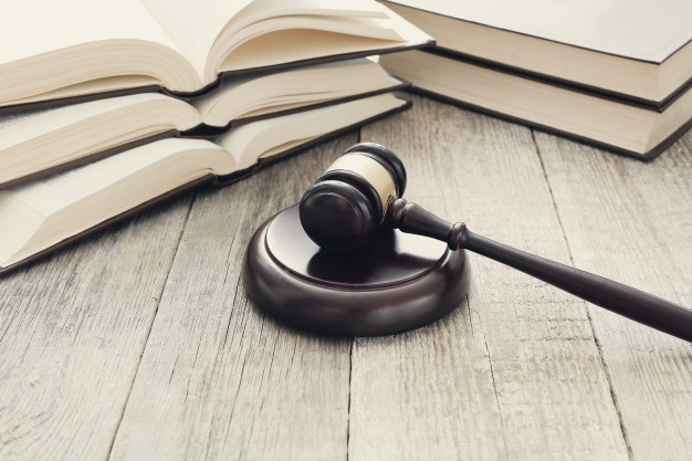 court-hammer-books-judgment-law-concept_144627-30452