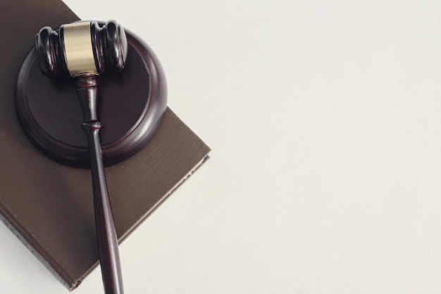 court-hammer-books-judgment-law-concept_144627-30462