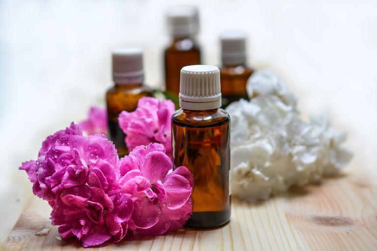 Masážne oleje, kvety
